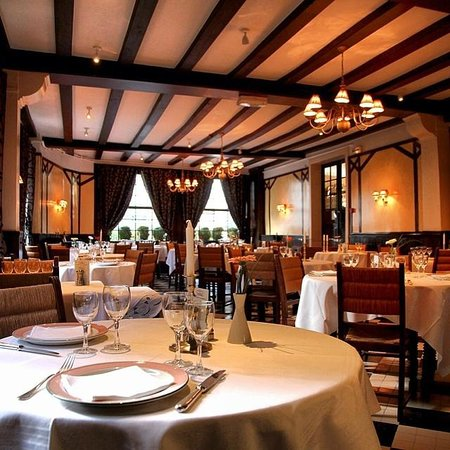 Logis de France Hotel : The Restaurant Dining Room