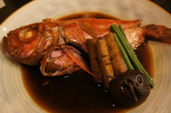 Ryokan Manryo: オプションで選んだ金目鯛の煮つけ