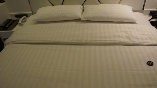 S Sukhumvit Suites : grosses gemütliches Bett