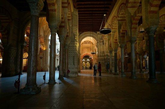 Moschee-Kathedrale (Mezquita de Córdoba): Inside the Mezquita