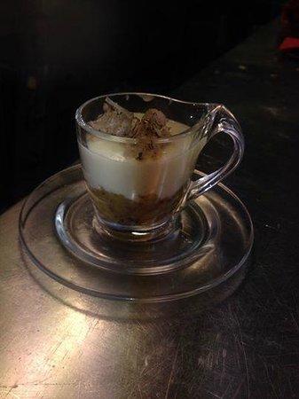 La Botte di Bacco : Cappuccino al vetro con tartufo fresco