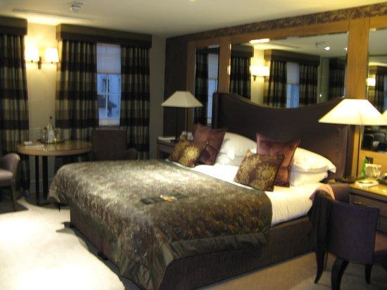 Macdonald Windsor Hotel : Beautiful Room
