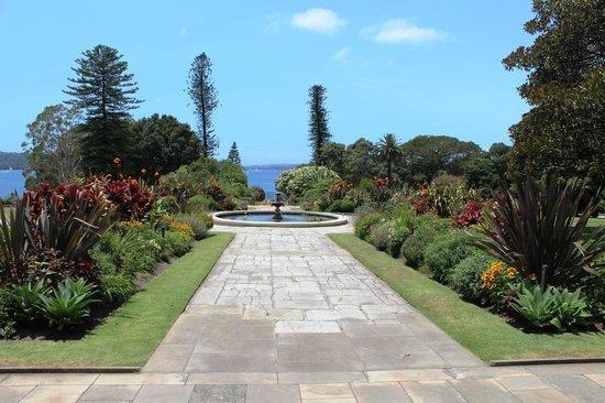 Royal Botanic Gardens : Botanic Garden View