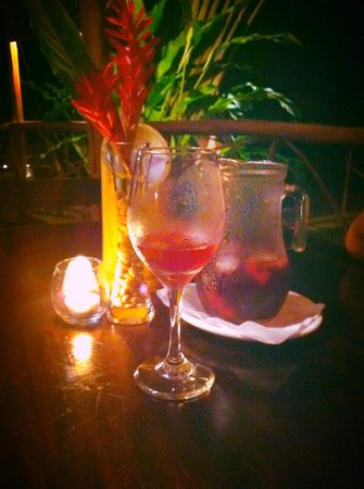 Sabor Espanol: Sangria in a tropical paradise