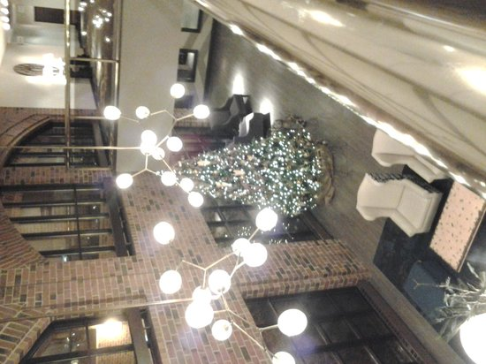 The Commons Hotel : Lobby at Christmas