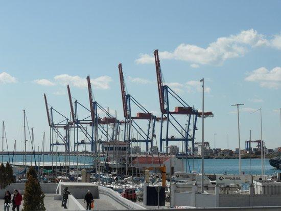 Puerto de Málaga : De werkhaven .