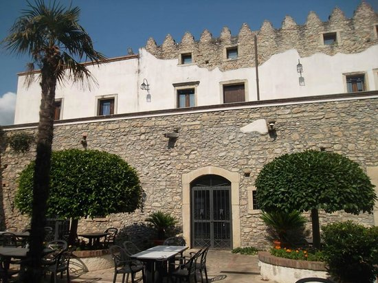 San Lucido, Italie : La fortezza