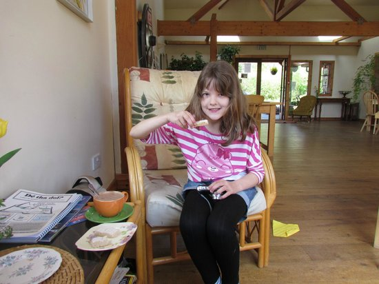 Ariundle Centre: My daughter loved the hot chocolate and shortbread