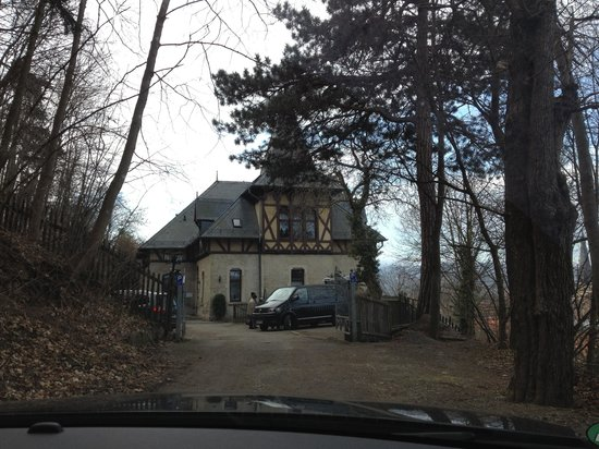 Schlossberg-Hotel: Erster Blick auf das Hotel