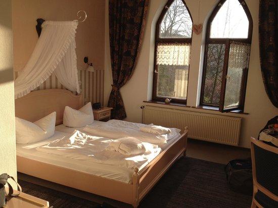Schlossberg-Hotel: Blick in die Suit