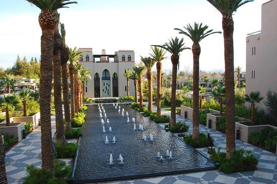 Four Seasons Resort Marrakech: View of fountain/spa