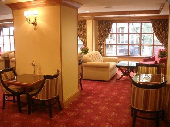Hotel Elysee by Library Hotel Collection : 2nd Floor 'Club Room'