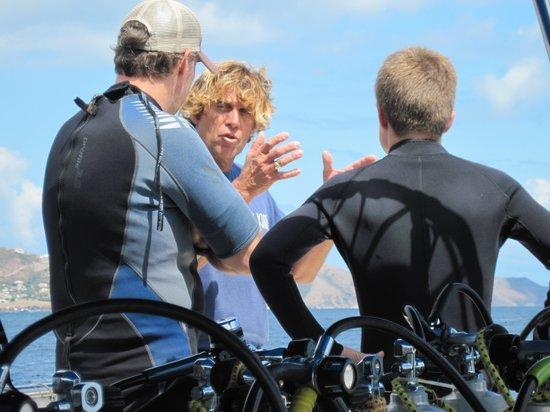 Pro Divers, Inc. : Auston preparing the divers