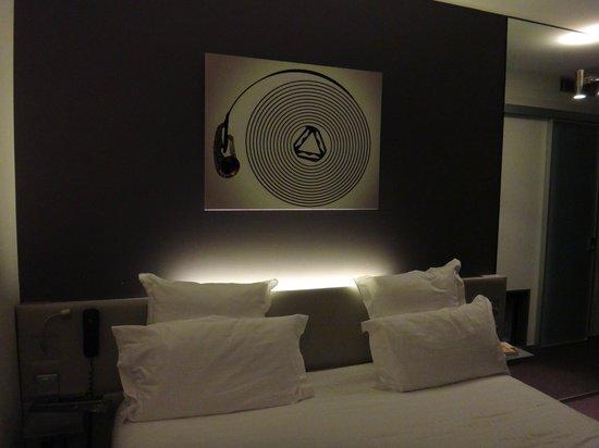 Hotel du Cadran Tour Eiffel: Room 108