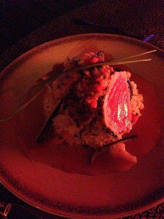 Frangipani Boutique Restaurant: Ahi Tuna Special - sorry for the dim lighting!