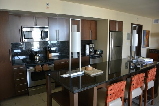 Marriott's Crystal Shores: Kitchen