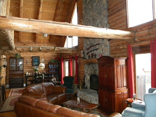 Rose and Goat Retreat : Great Room in the Main Lodge