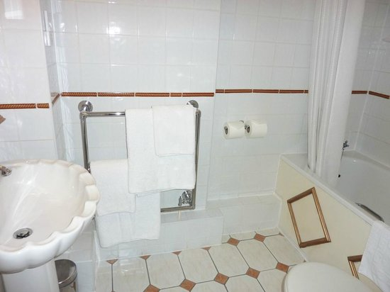 Best Western Abbots Barton Hotel : Ensuite bathroom