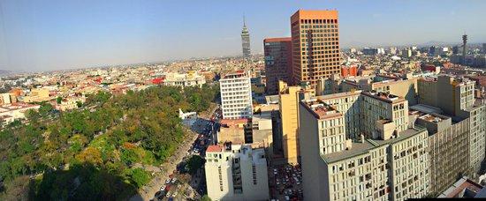 Hilton Mexico City Reforma: Vista de la habitación