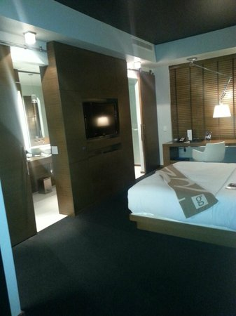 Hotel Le Germain Calgary: modern room