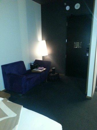 Hotel Le Germain Calgary: hallway