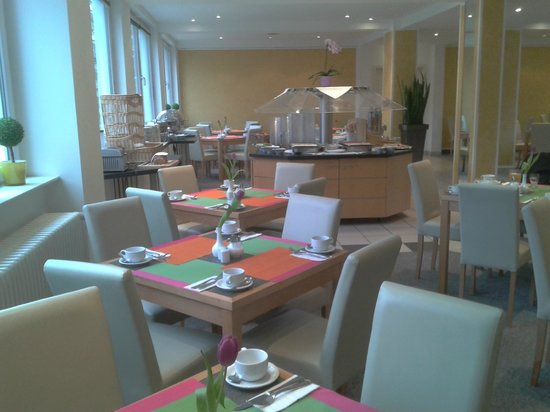enjoy hotel Berlin City Messe: Frühstück