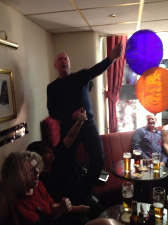The Albany Hotel on Albert Road : New Year's Eve it was rockin in the Albany hotel ha ha