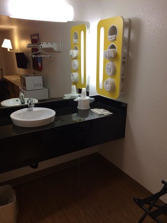 Motel 6 Gold Beach: New granite counter and designer sink, well-lit vanity area