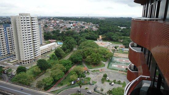 Manaus Hoteis - Millennium: Apartamento com sacada (vista para a Avenida)