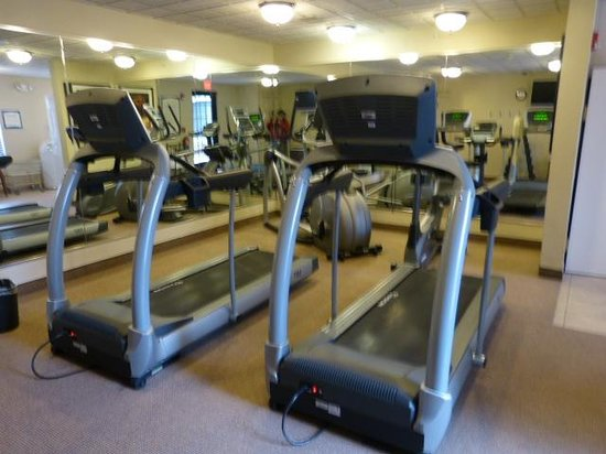 Staybridge Suites West Chester : Fitness area