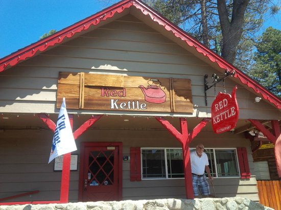 J C's Red Kettle : Exterior of Red Kettle