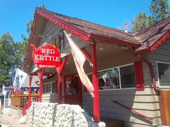 J C's Red Kettle : Another exterior shot of Red Kettle