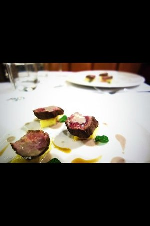 Fumo: Lamb fillet, anchovies and mint sauce