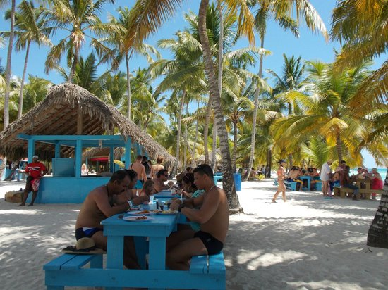 Excursion a la Isla Saona: Almuerzo en la Playa