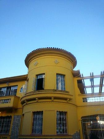Motter Home Curitiba Hostel: Entrada