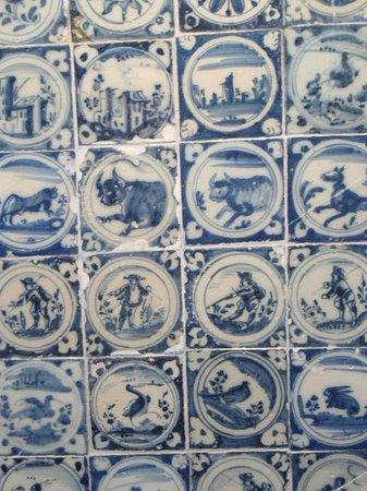 Museo de Santa Cruz: azulejos