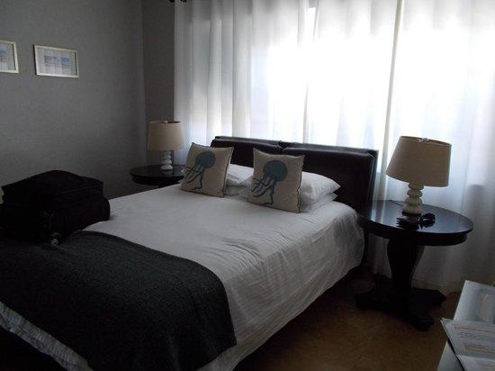 Hotel18 : Cama
