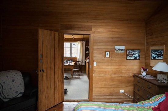 Lake Hawea Station: Packhorse Cottage