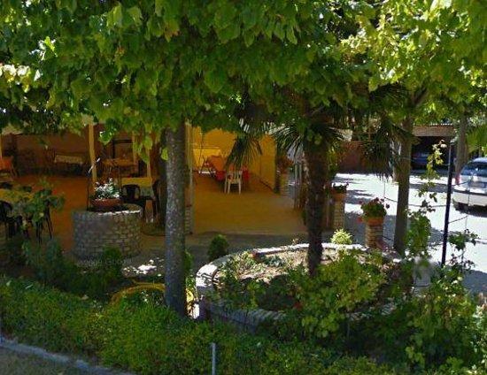 Il Casolare: Parking Area