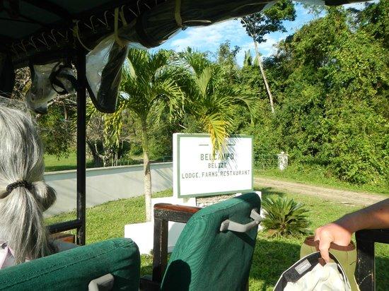 Belcampo Lodge: Farm Entrance