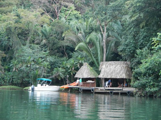 Copal Tree Lodge, a Muy'Ono Resort: River deck