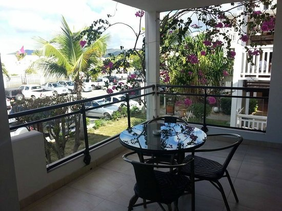 Mercure St Martin and Marina: room patio