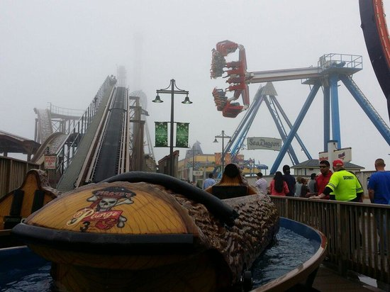 Galveston Island Historic Pleasure Pier: Aqua