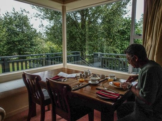 The Downs B & B : Breakfast table and view