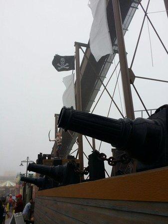 Galveston Island Historic Pleasure Pier : Pirate