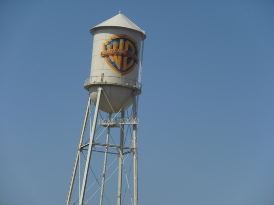 Warner Bros. Studio Tour Hollywood : The studio's water tower