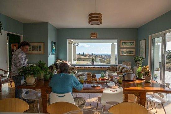 Hawk Ridge Bed & Breakfast: Breakfast at Hawk Ridge