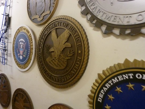"Warner Bros. Studio Tour Hollywood: Wall of various federal symbols used in ""The West Wing"" series"