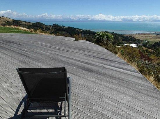 Parautane Lodge: Expansive views