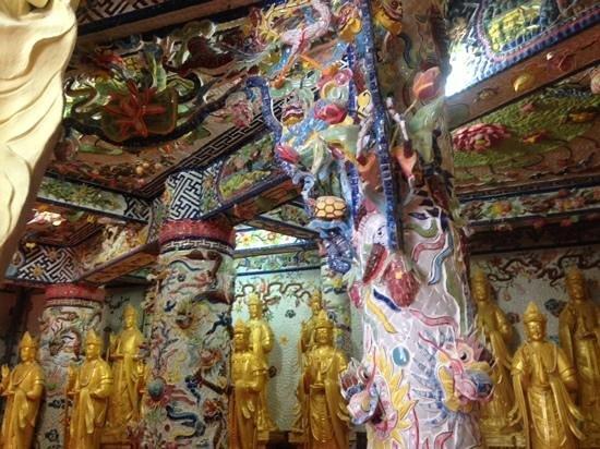 Pagode de Linh Phuoc : so many details!